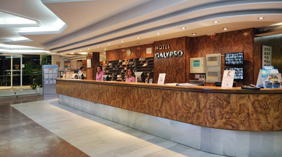 Reception calypso hotel salou
