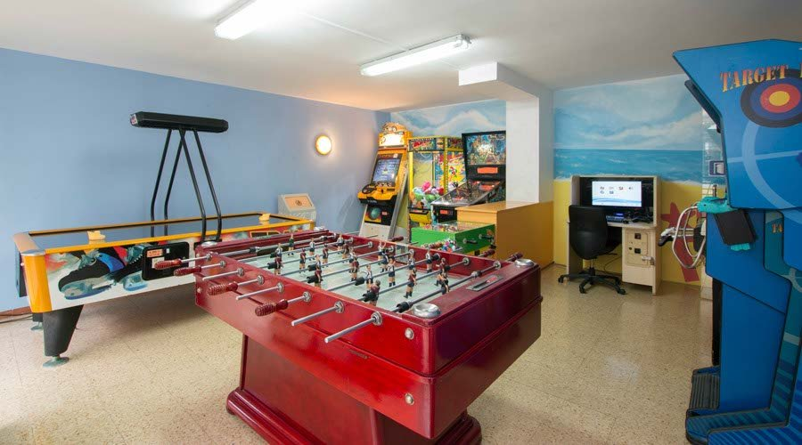 games room apartment tossa de mar