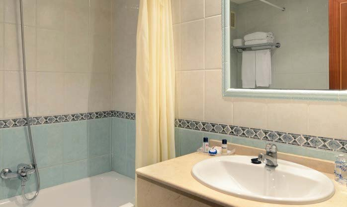 Bathroom double hotel benalmadena costa